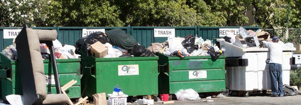 apartment-trash